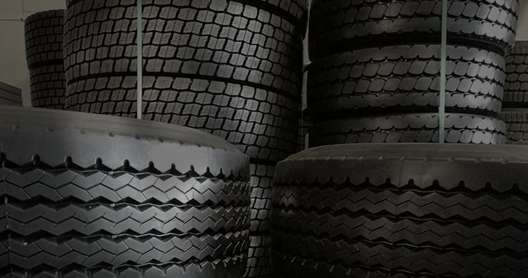 Däck för lastbil i Staffanstorp